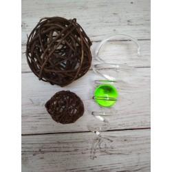 Spirála s zelenou koulí